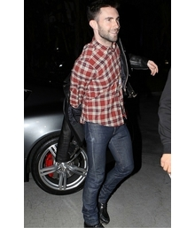 Adam Levine Total Look